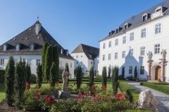 C_Chor_0919_Klosterinnenhof_1824
